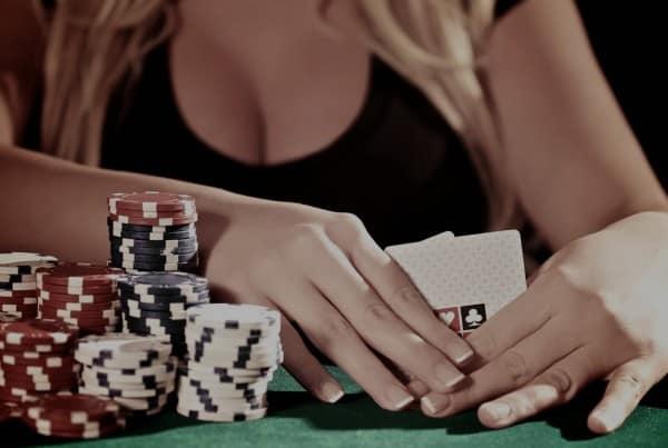 bluffa-i-poker